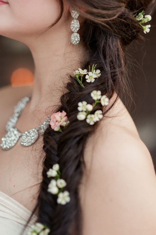 Picture Of incredibly beautiful boho chic bridal hair ideas  38