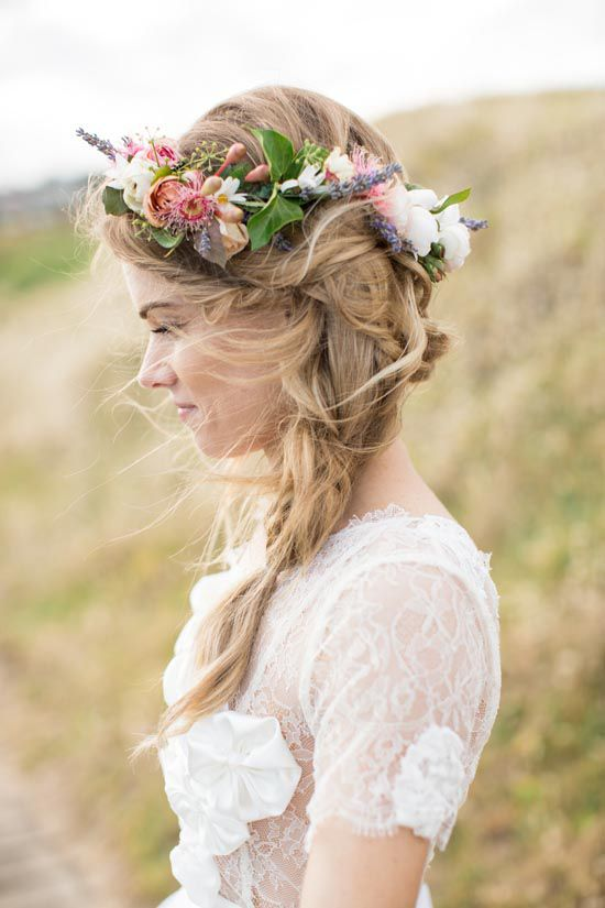 Picture Of Incredibly Beautiful Boho Chic Bridal Hair Ideas 5