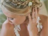 incredibly-beautiful-boho-chic-bridal-hair-ideas-9