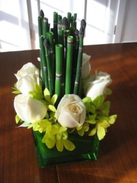 Picture of inspiring and fresh spring wedding centerpieces junglespirit