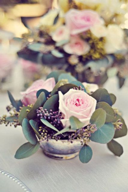 Picture Of inspiring valentines day wedding centerpieces  3
