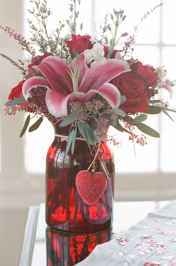 Picture Of inspiring valentines day wedding centerpieces  5
