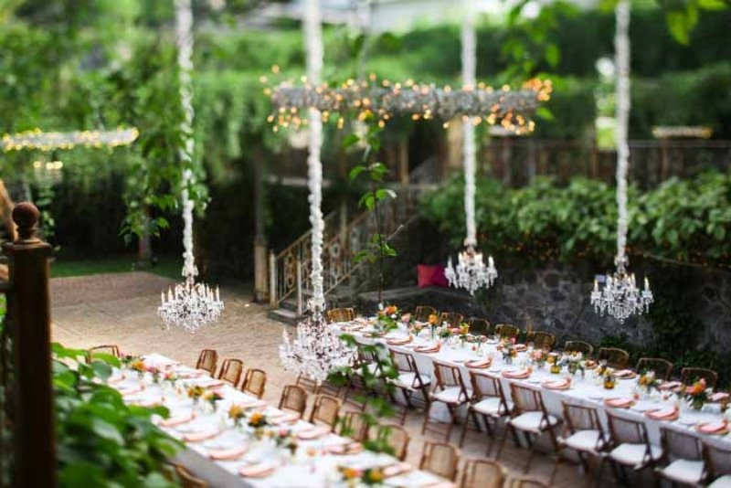 Picture Of intimate and glamorous hawaiian wedding inspiration  10