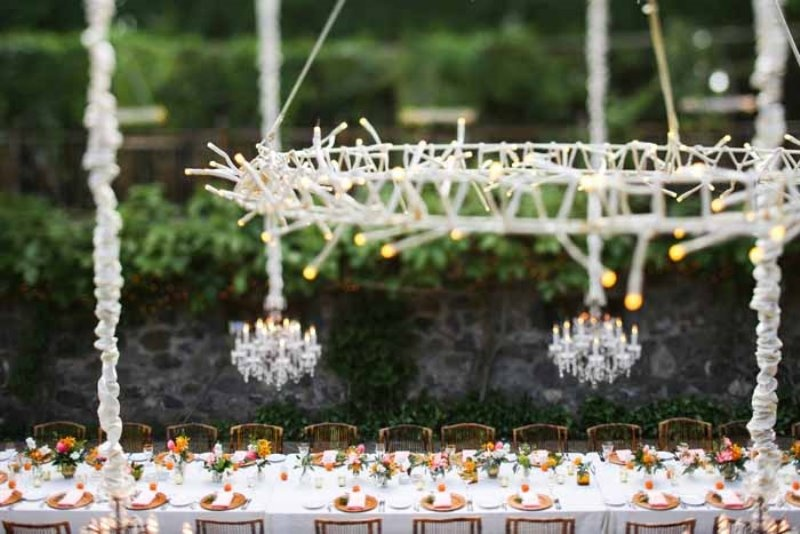 Picture Of intimate and glamorous hawaiian wedding inspiration  23