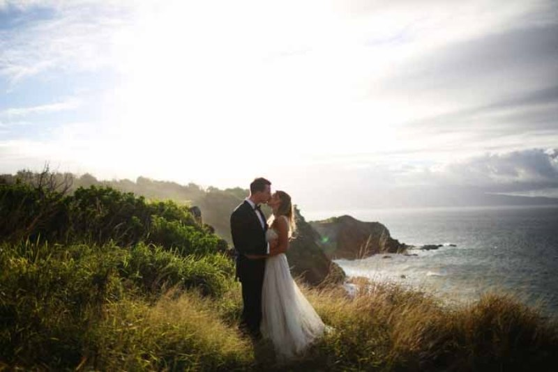 Picture Of intimate and glamorous hawaiian wedding inspiration  29