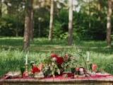 joyful-marsala-woodland-wedding-inspiration-14