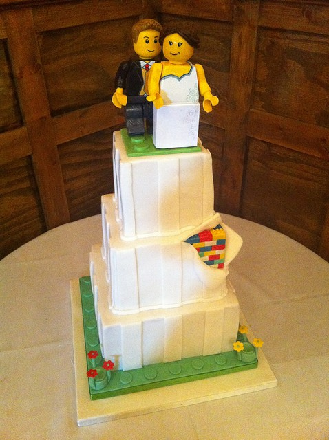 25 Cool Lego Wedding Inspirations