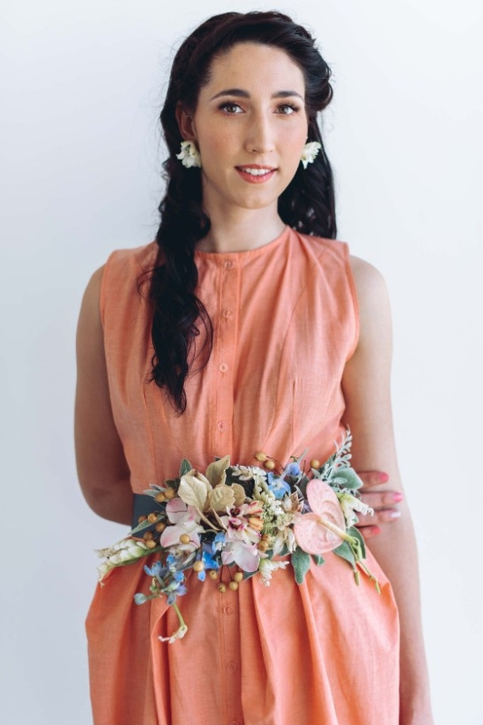 Picture Of lovely diy bridesmaids floral belt to make  1