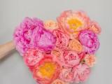lovely-diy-fresh-flower-heart-5