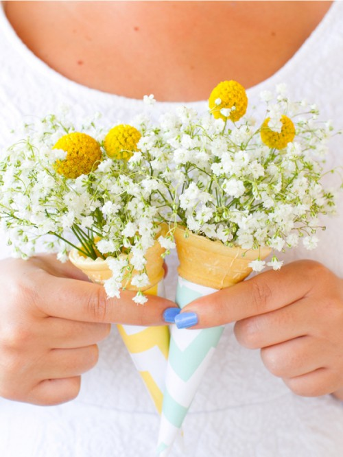 Lovely DIY Ice Cream Cone Bouquet For Bridesmaids