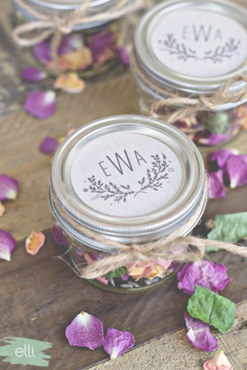 Lovely DIY Potpourri Fall Wedding Favors