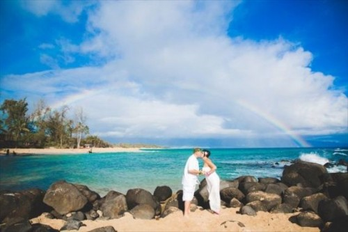 Maui Beach Elopement Filled With Sunlight And Breeze