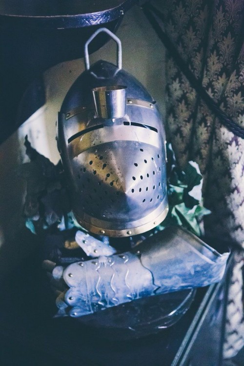Medieval Banquet Wedding With Game Of Thrones Touches