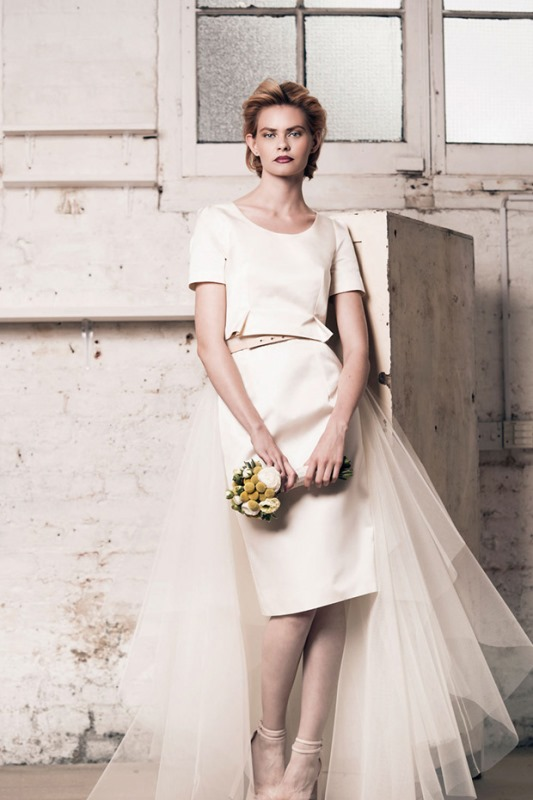 Picture Of modern and romantic muscat london 2016 bridal collection  12