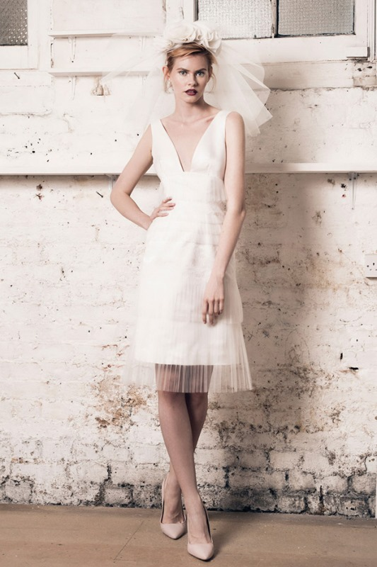 Picture Of modern and romantic muscat london 2016 bridal collection  13