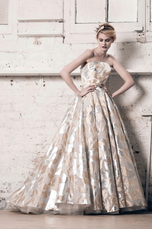 Picture Of modern and romantic muscat london 2016 bridal collection  6