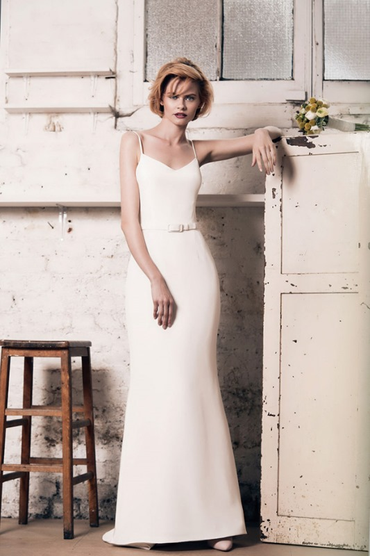 Picture Of modern and romantic muscat london 2016 bridal collection  7
