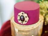 modern-marsala-and-berry-wedding-inspiration-17