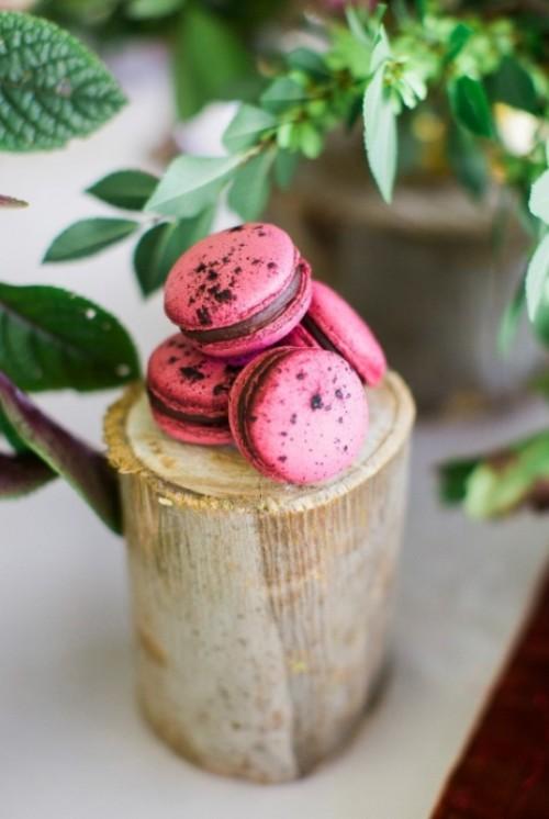 Modern Marsala And Berry Wedding Inspiration