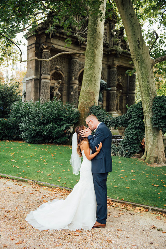 Picture Of modern paris elopement with an impeccable taste  10