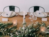 modern-wedding-inspiration-with-lots-of-greenery-12