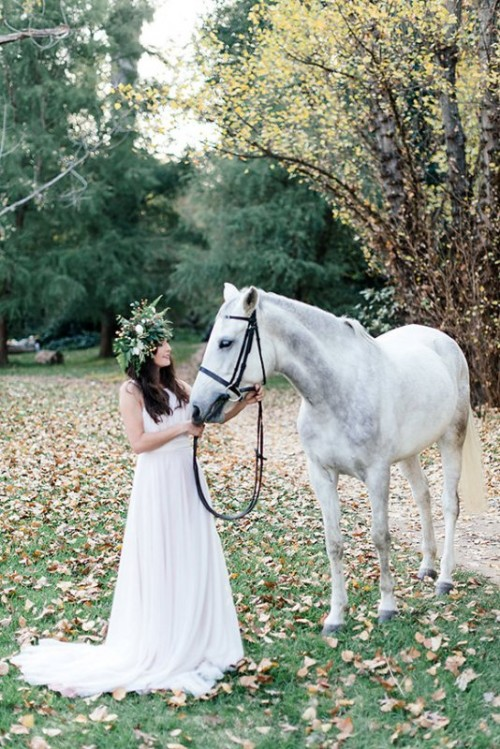 Mysterious Fairytale Fall Wedding Inspiration