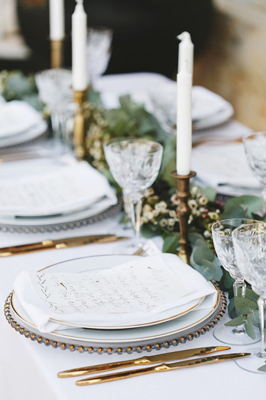 Picture Of organic grecian wedding inspiration with golden touches  10