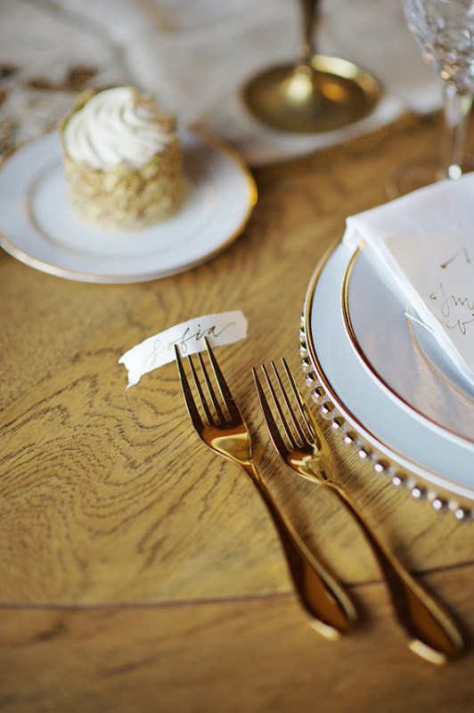 Picture Of organic grecian wedding inspiration with golden touches  11