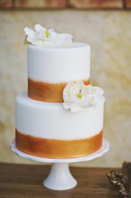 Picture Of organic grecian wedding inspiration with golden touches  15