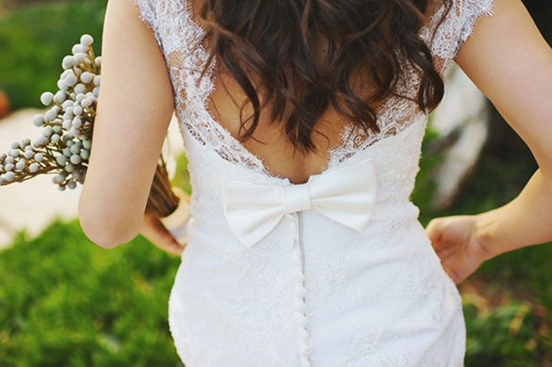 Picture Of organic grecian wedding inspiration with golden touches  4