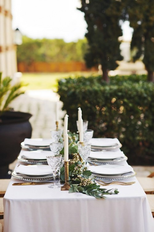 Organic Grecian Wedding Inspiration With Golden Touches