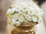 organic-grecian-wedding-inspiration-with-golden-touches-6