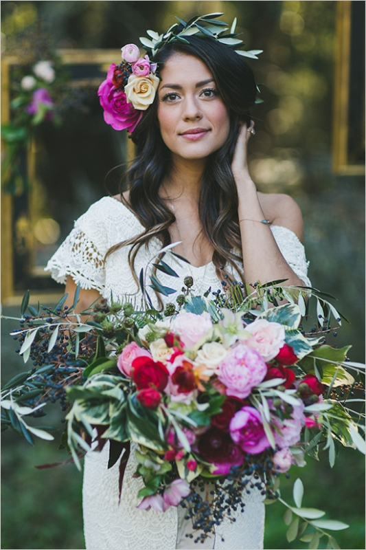 Picture Of organic inspired and free spirited summer garden wedding  5