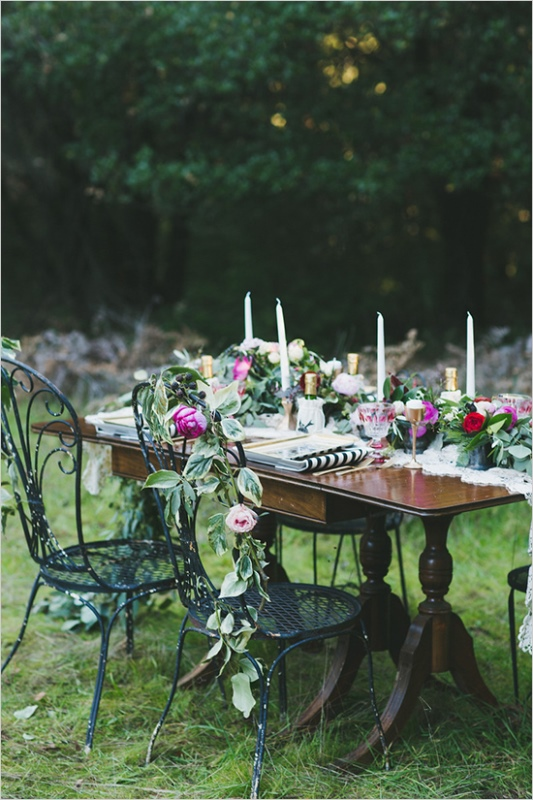 Picture Of organic inspired and free spirited summer garden wedding  9