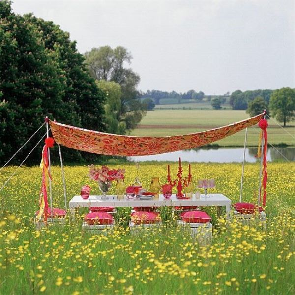 Picture Of picnic themed rehearsal dinner 19 cozy reception ideas  7