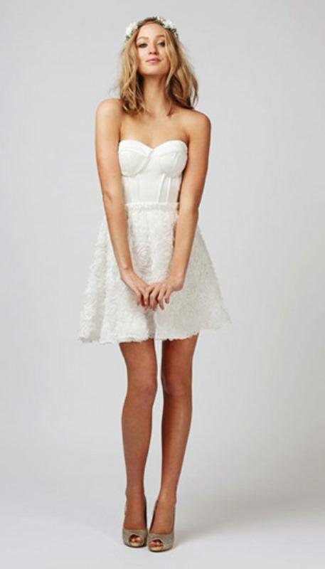 Contemporary Wedding Dresses 42 Popular Playful Contemporary Wedding Dresses
