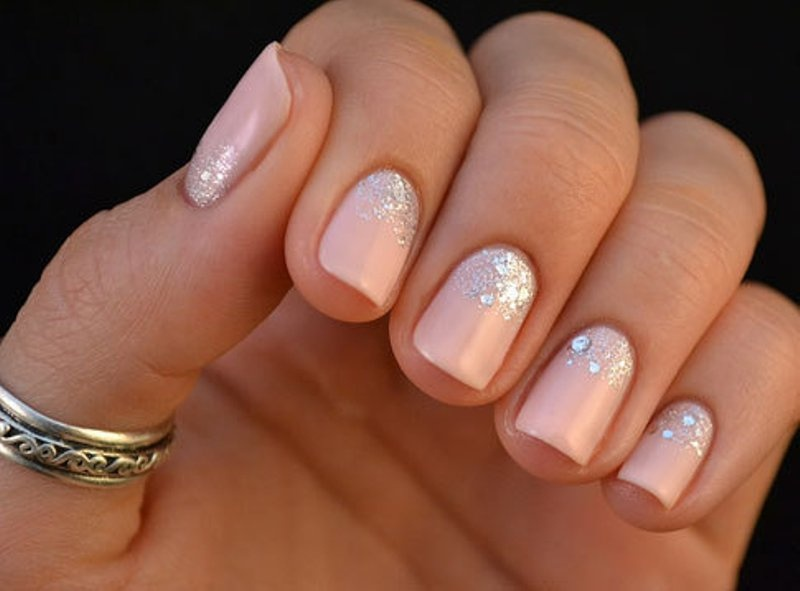 13 Pretty And Pink Trendy Wedding Nails Ideas - Weddingomania