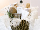pretty-and-useful-diy-pamper-basket-for-bridesmaids-1