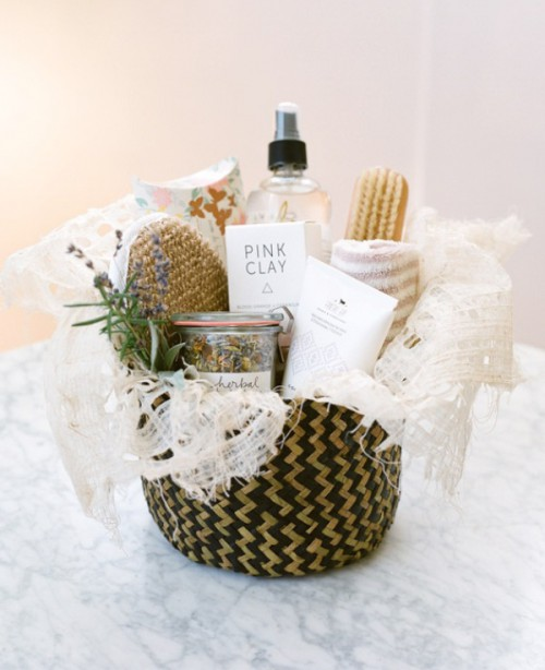 Pretty And Useful DIY Pamper Basket For Bridesmaids