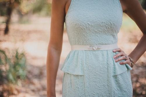 Pretty Diy Beaded Sash To Glam Up A Simple Wedding Dress