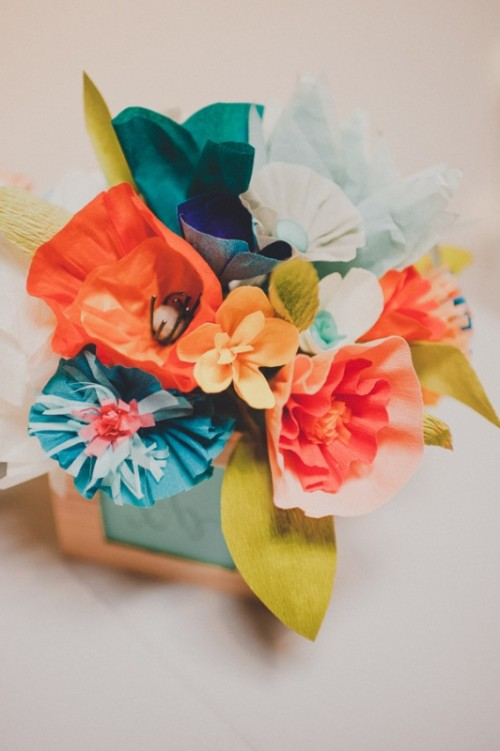 Pretty Diy Crepe Paper Wedding Flowers