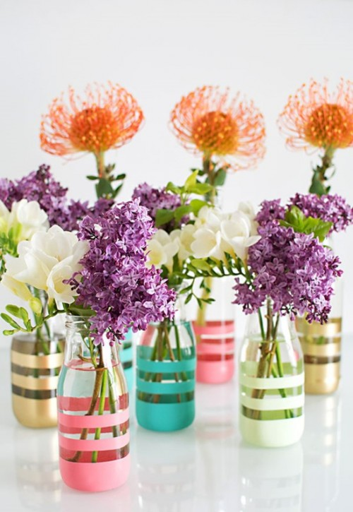 Pretty DIY Painted Bottles To Brighten Your Wedding Table
