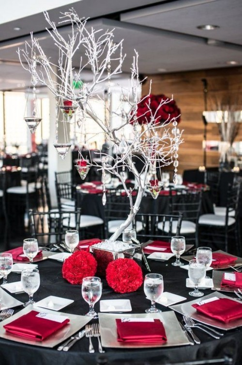 30 red and black wedding decor ideas weddingomania - Black red decorating ideas ...