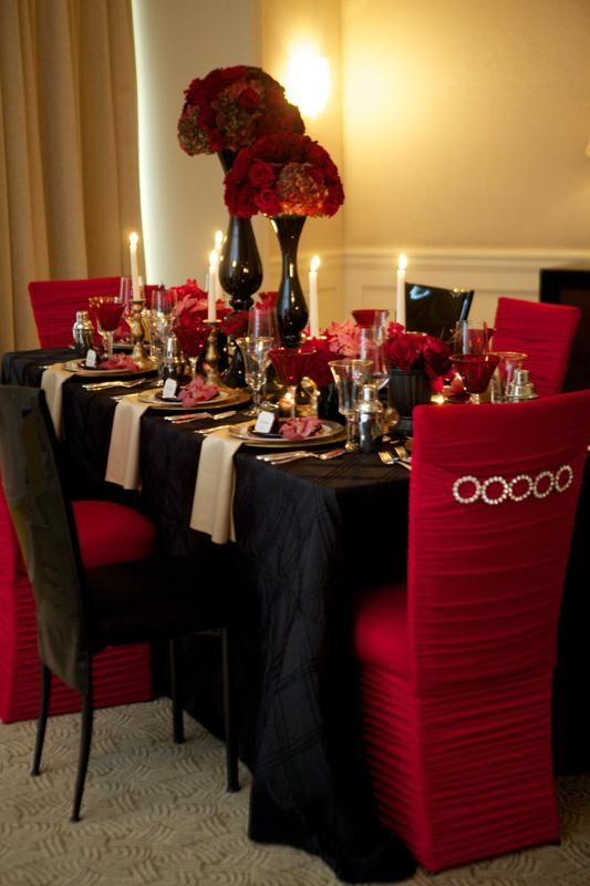 Black And White Wedding Theme With Red Accent