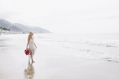 Red And Pink Coastal Wedding Inspiration