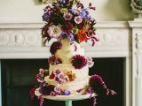 relaxed-and-colorful-wedding-inspiration-filled-with-flowers-11