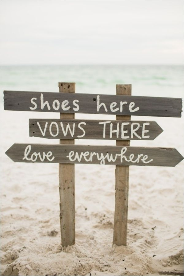 a relaxed wood plank sign is necessary for a beach wedding, and you can easily DIY it