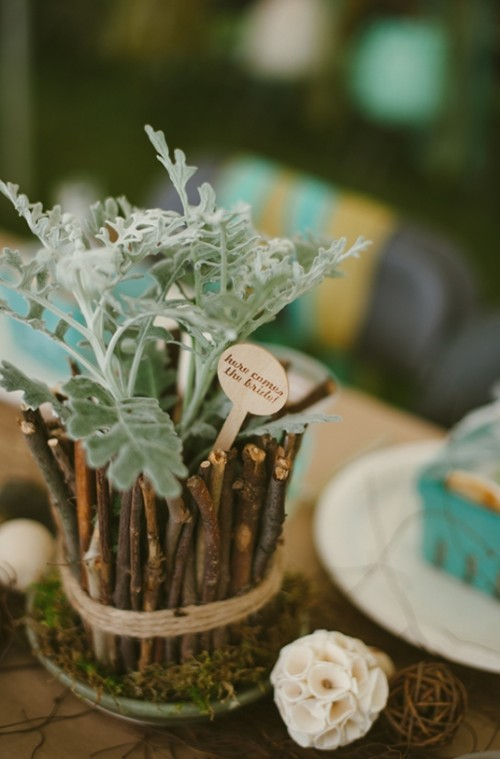 Relaxed DIY Outdoor Rustic Bridal Shower - Weddingomania