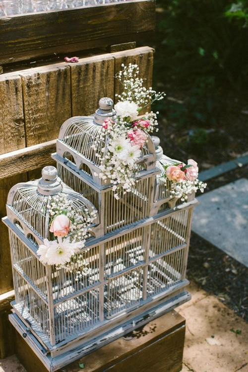 Relaxed Outdoor Rustic Vintage Wedding - Weddingomania