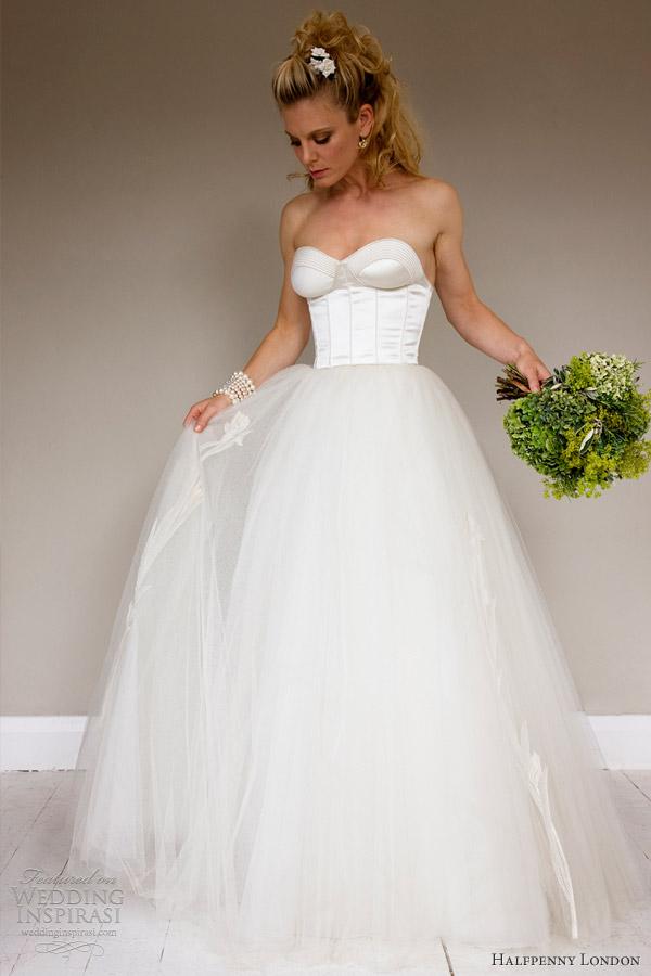 Wedding Dress Retro 11 Awesome Retro Chic Wedding Dresses